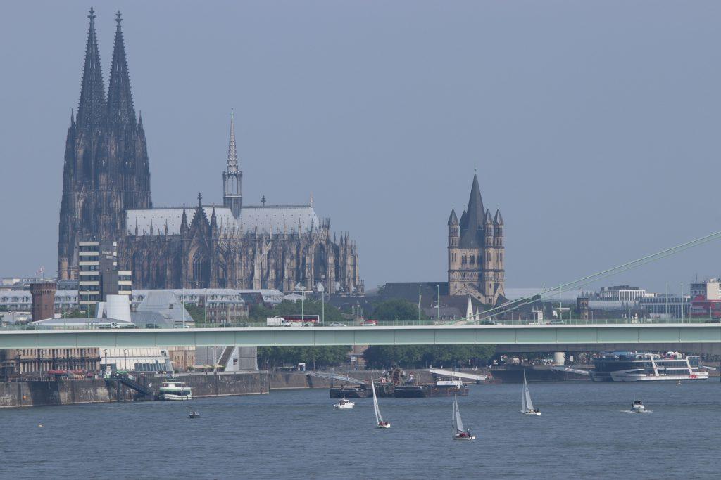 Regatta auf dem Rhein